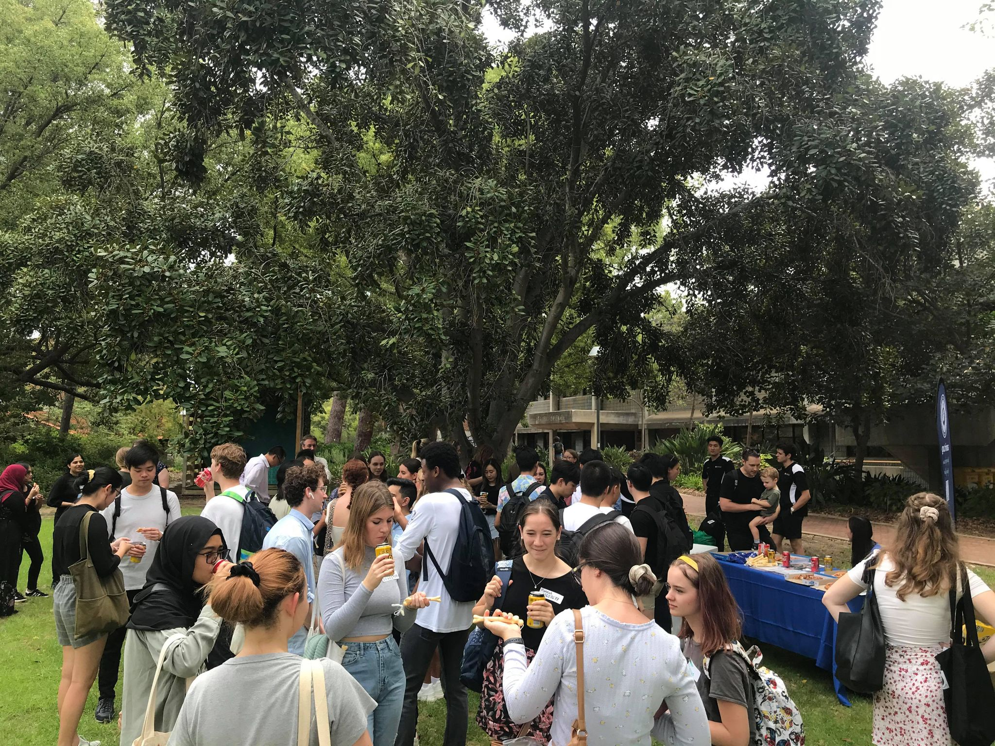 This image has an empty alt attribute; its file name is O-week-photos-2021-Curtin-WA-1.jpg